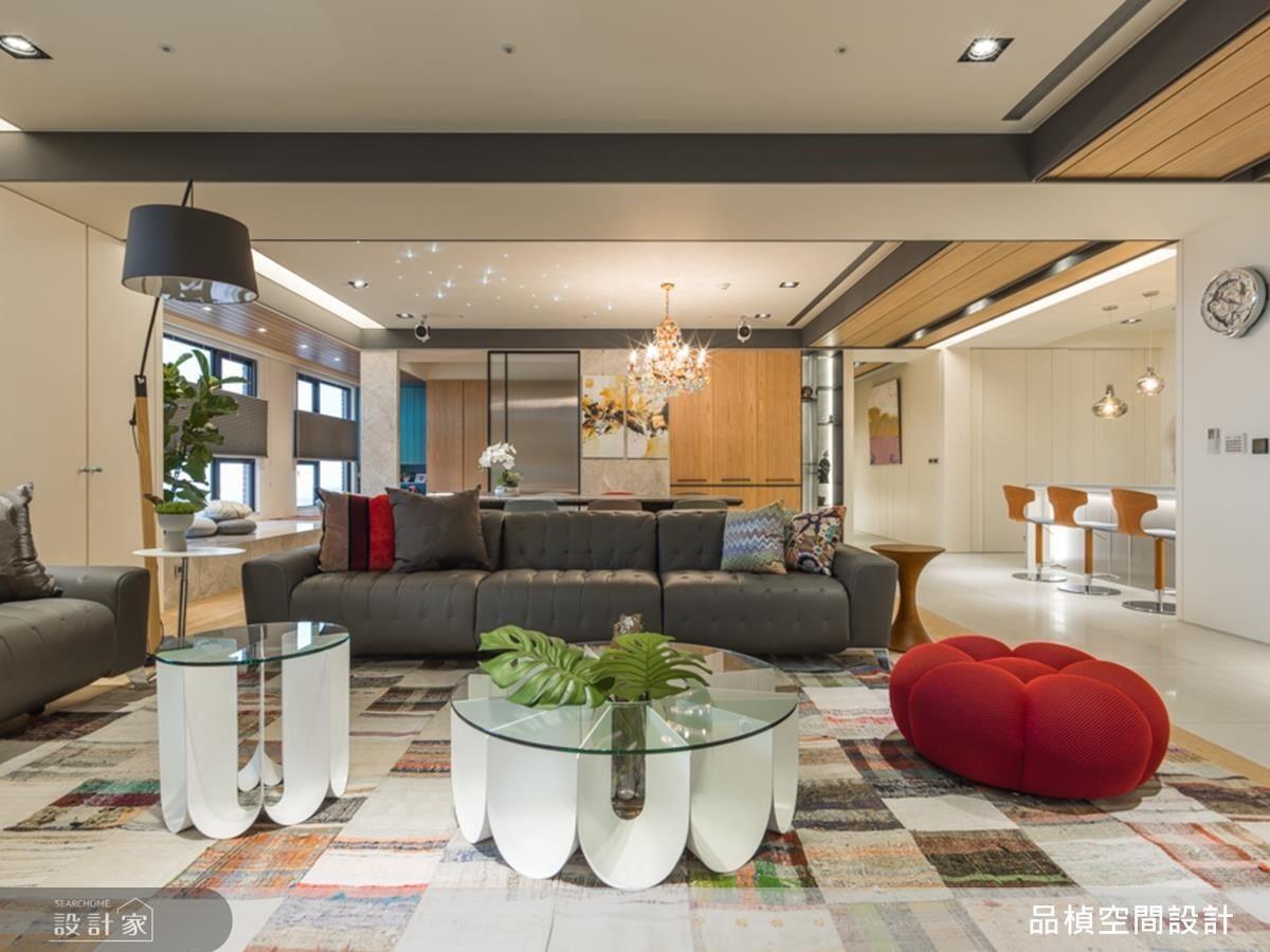 溫潤木質鋪陳,打造自然閒適退休宅邸。