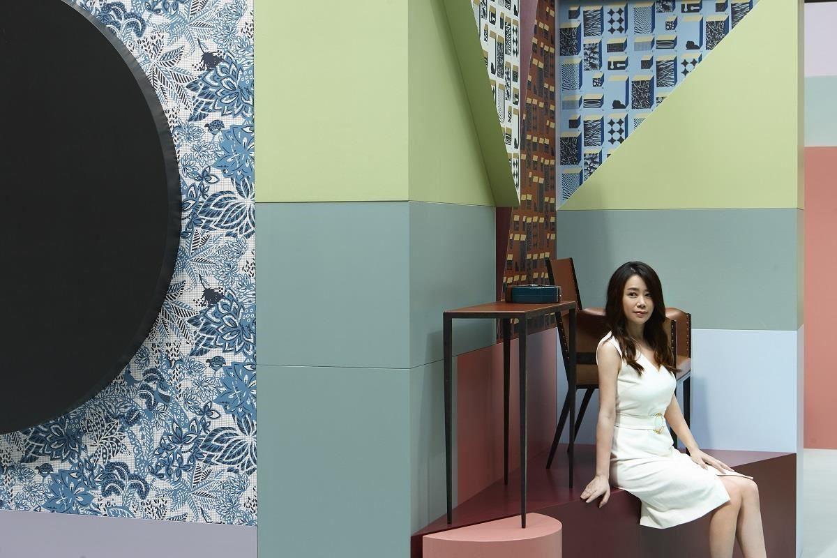 江欣宜將就空間設計的細節,重視材質與材質間的節點表現,經常使用愛馬仕的居家系列產品,兩者相同的精神為居住空間創作經典。(攝影:Gordy Chen)