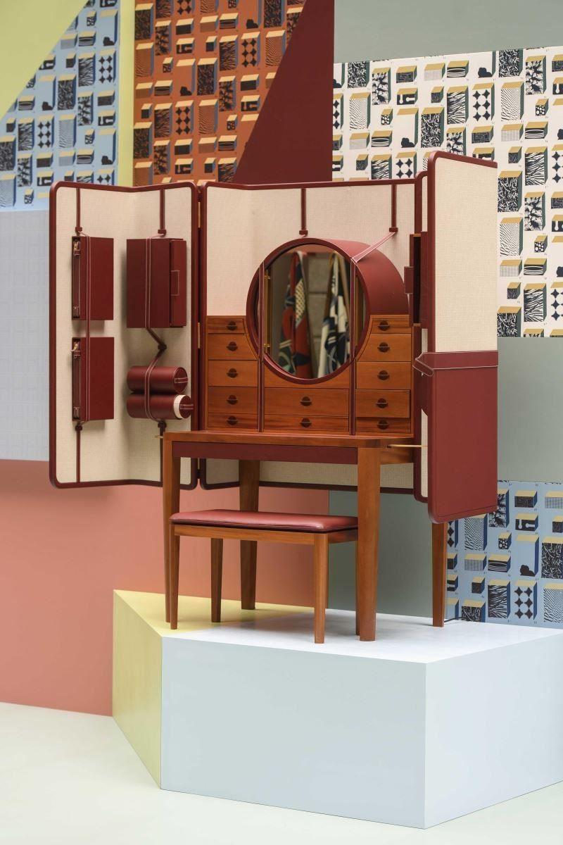 場中最貴的展件:The CURIOSITÉS 系列珠寶櫃,能收藏一百多件珠寶。