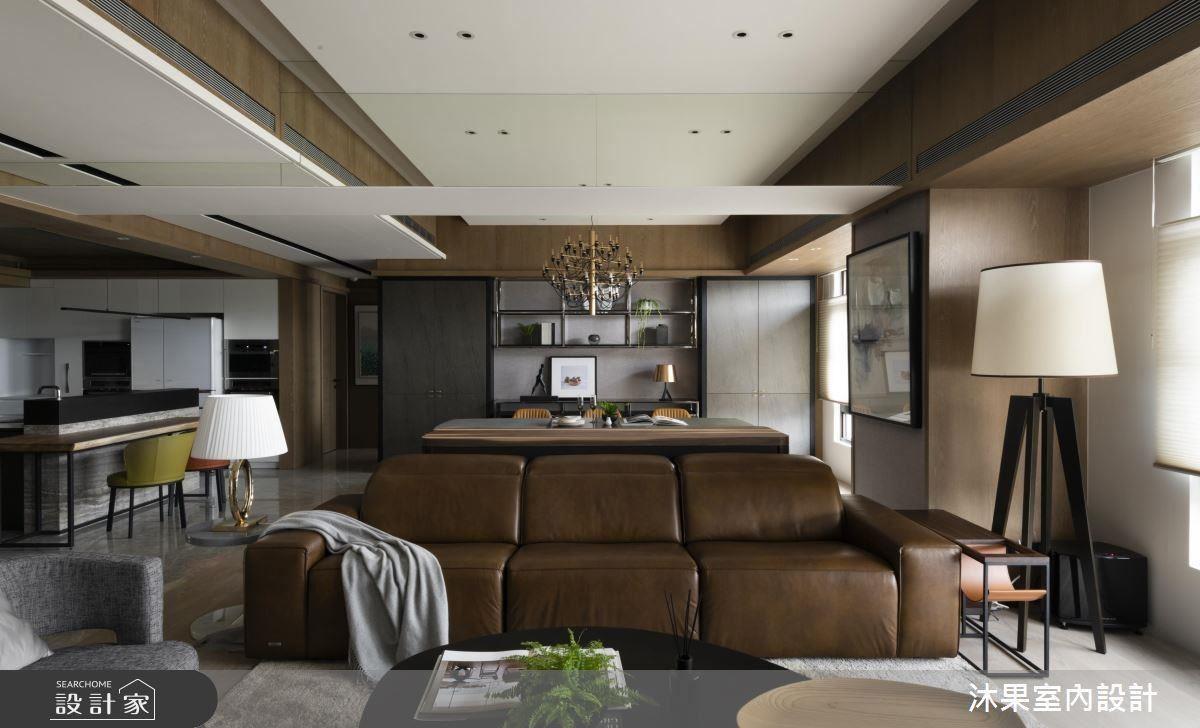 沉穩的色調及寬敞的長型空間,細膩的設計打造出生活質感美學。