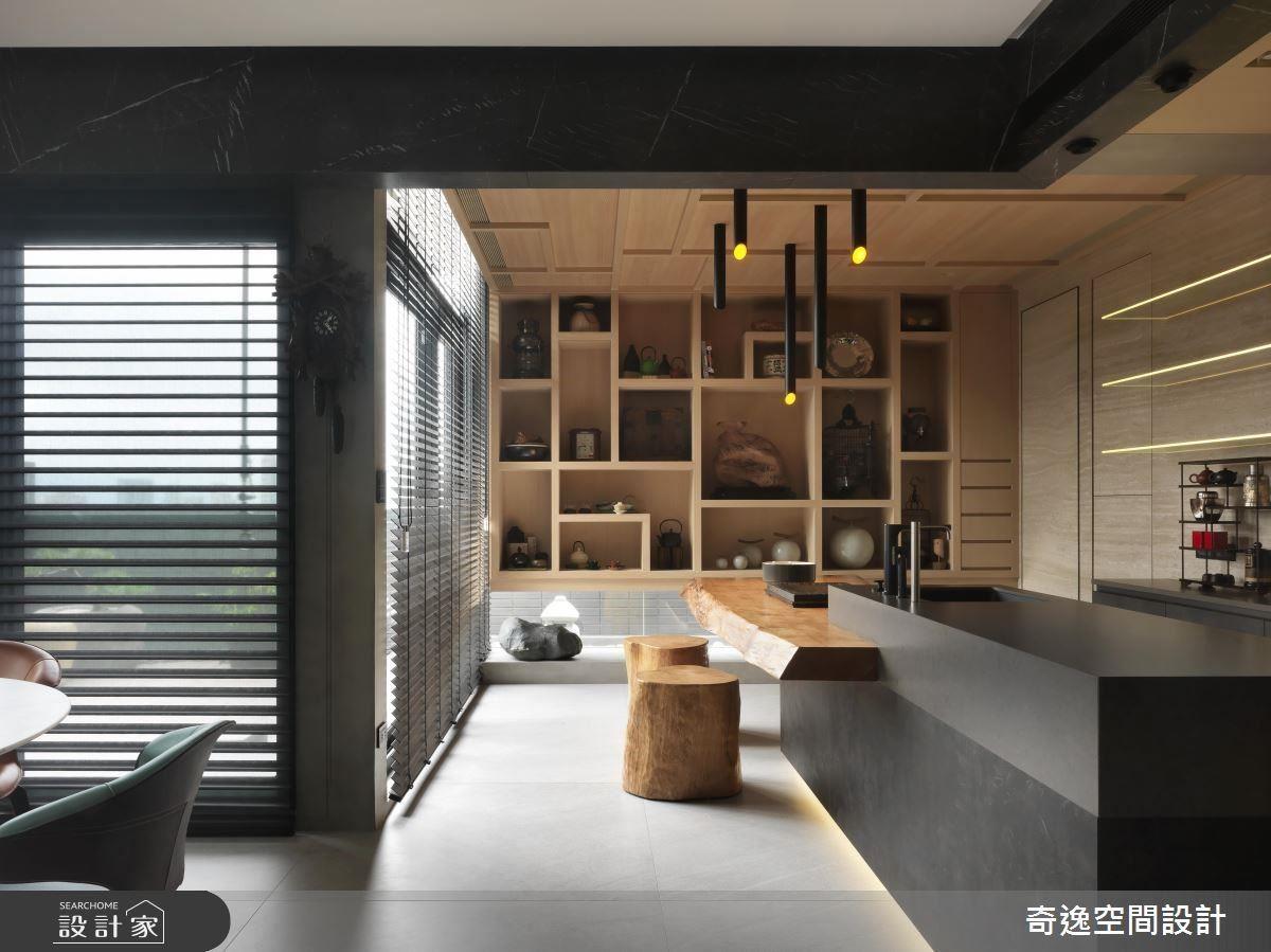 中島吧檯結合檜木材質,打造優質泡茶情境。