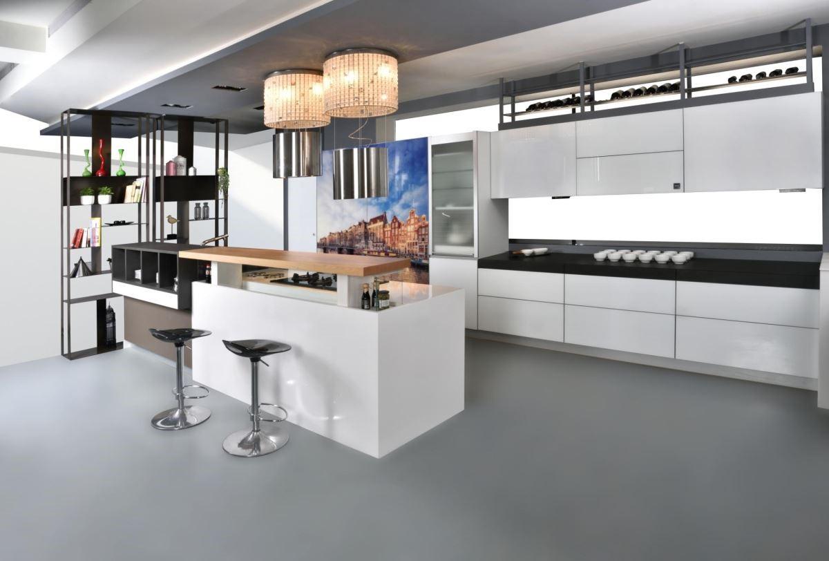 采鑽系列納入微動科技,讓廚房使用輕鬆便利,空間美學大躍進。