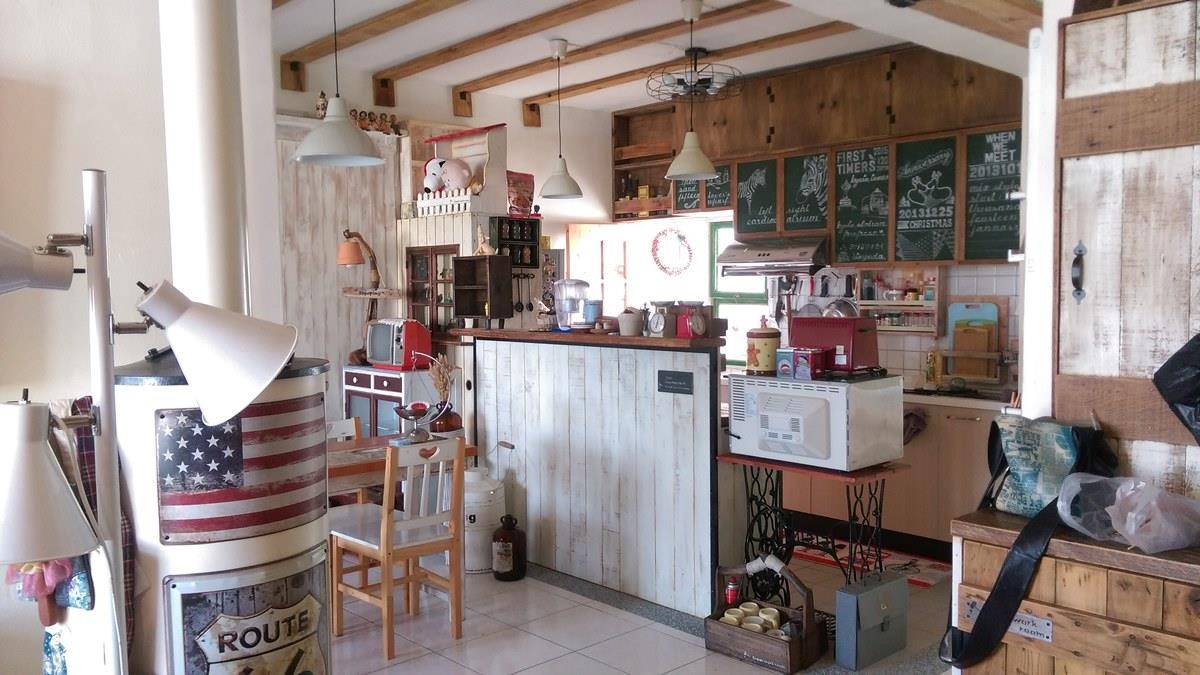 宛如咖啡廳的餐廚空間。