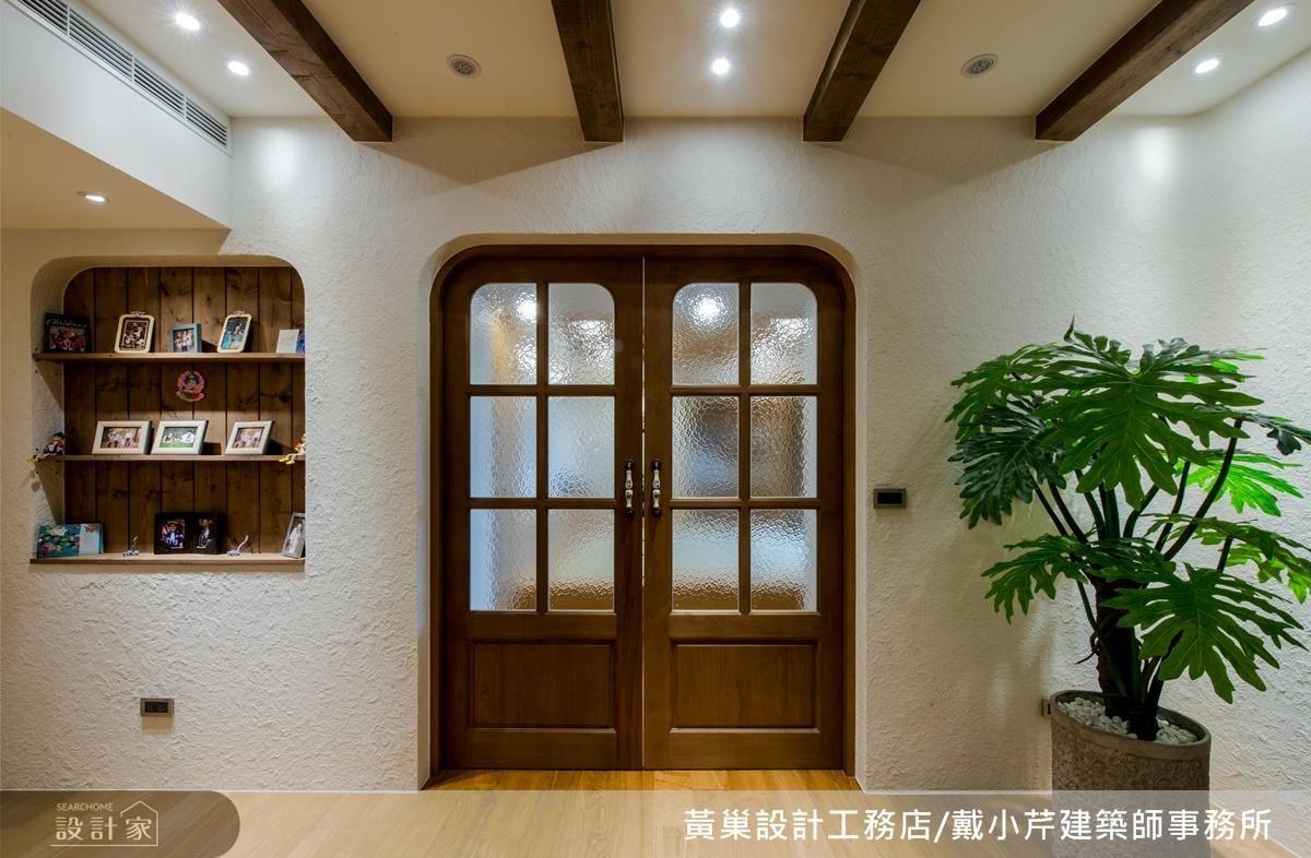 和室以弧型拱門元素,挹注暖心的鄉村風格。