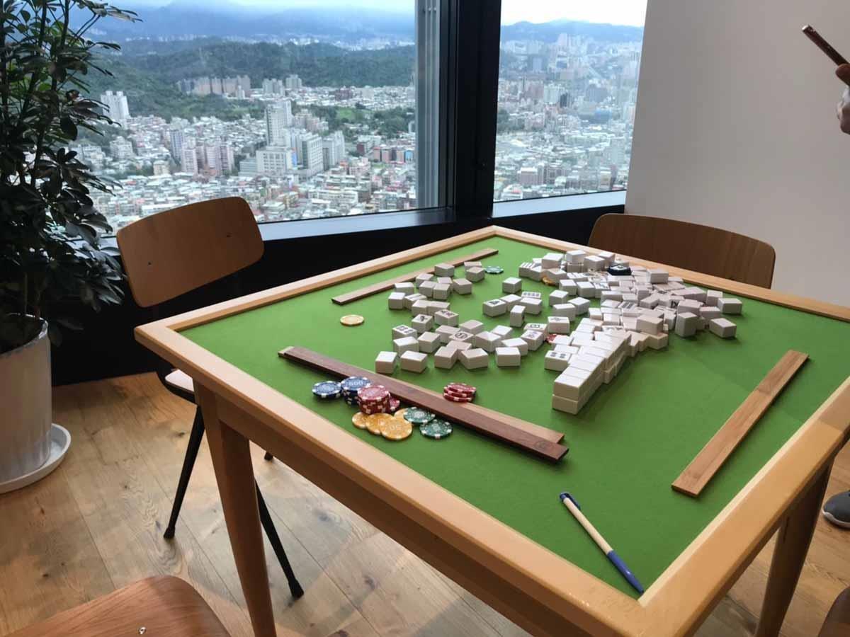 棒球麻將,以棒球為主題的麻將 融入在地元素