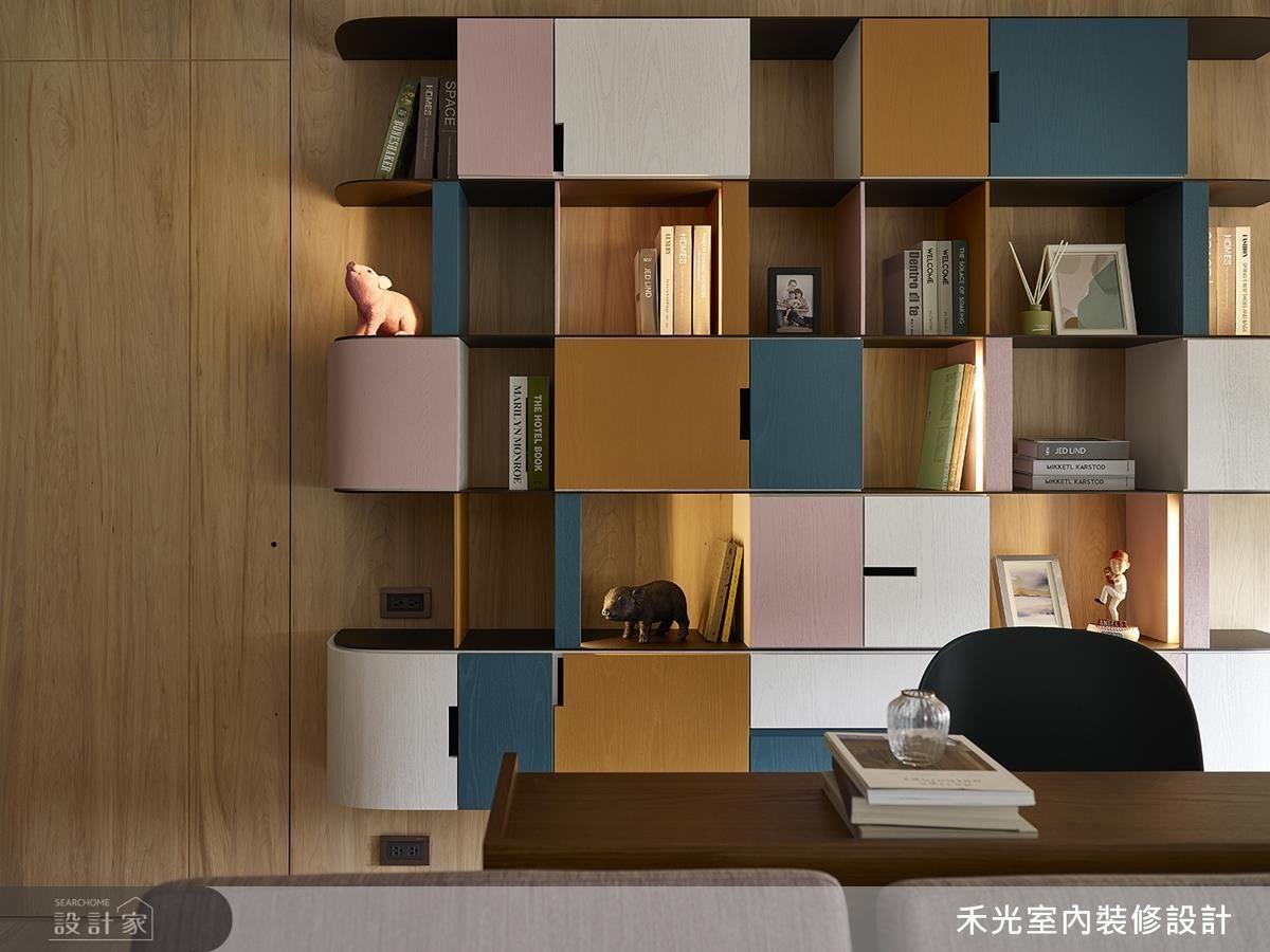 書房櫃體側面設計圓弧導角,貼心免去孩童碰撞危機。