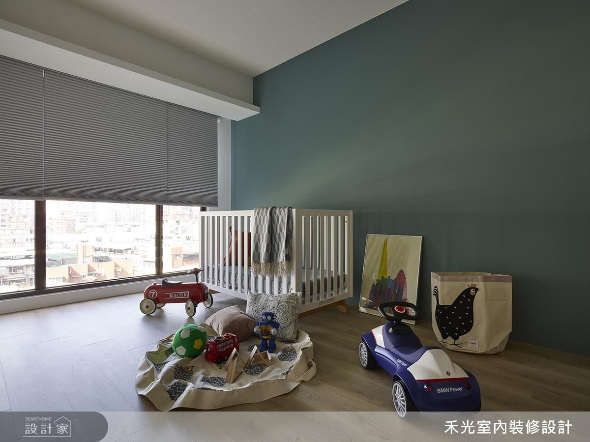小孩房在優雅藍調的潤飾中,成就一絲爽朗氣息。
