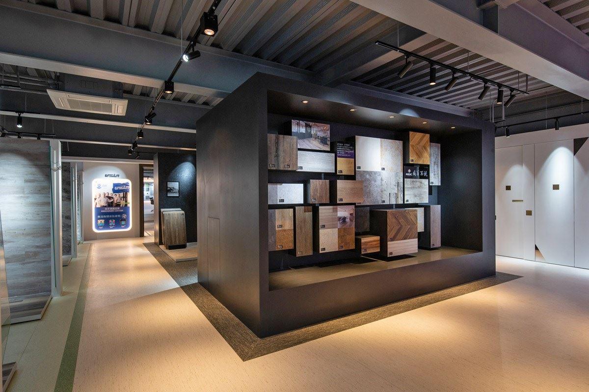 眾多的 PVC 地材,讓建築師、設計師、業主親自挑選,體驗塑膠地板的全新高端質感。