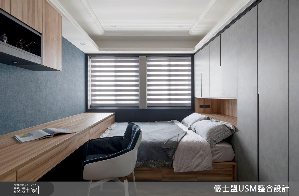 40 坪居家,屋主喜愛蒐藏古董飾品,設計師在空間中提