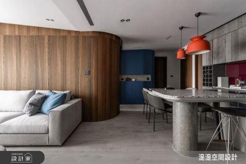 破解30坪老屋斜天花 以色彩賦予摩登魅力 湜湜空間設計 湜湜設計團隊