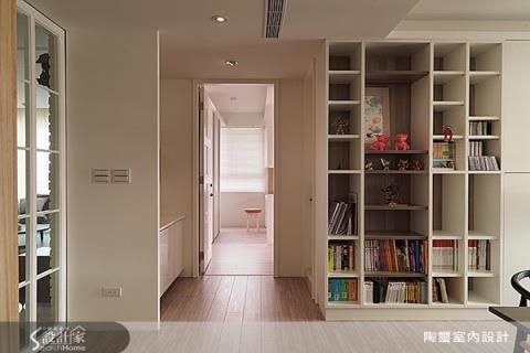 手作與系統收納櫃的完美搭配,創造櫃體和空間多變表情