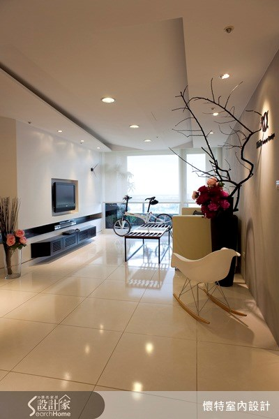 25坪新成屋(5年以下)_現代風客廳案例圖片_懷特室內設計_懷特_02之3