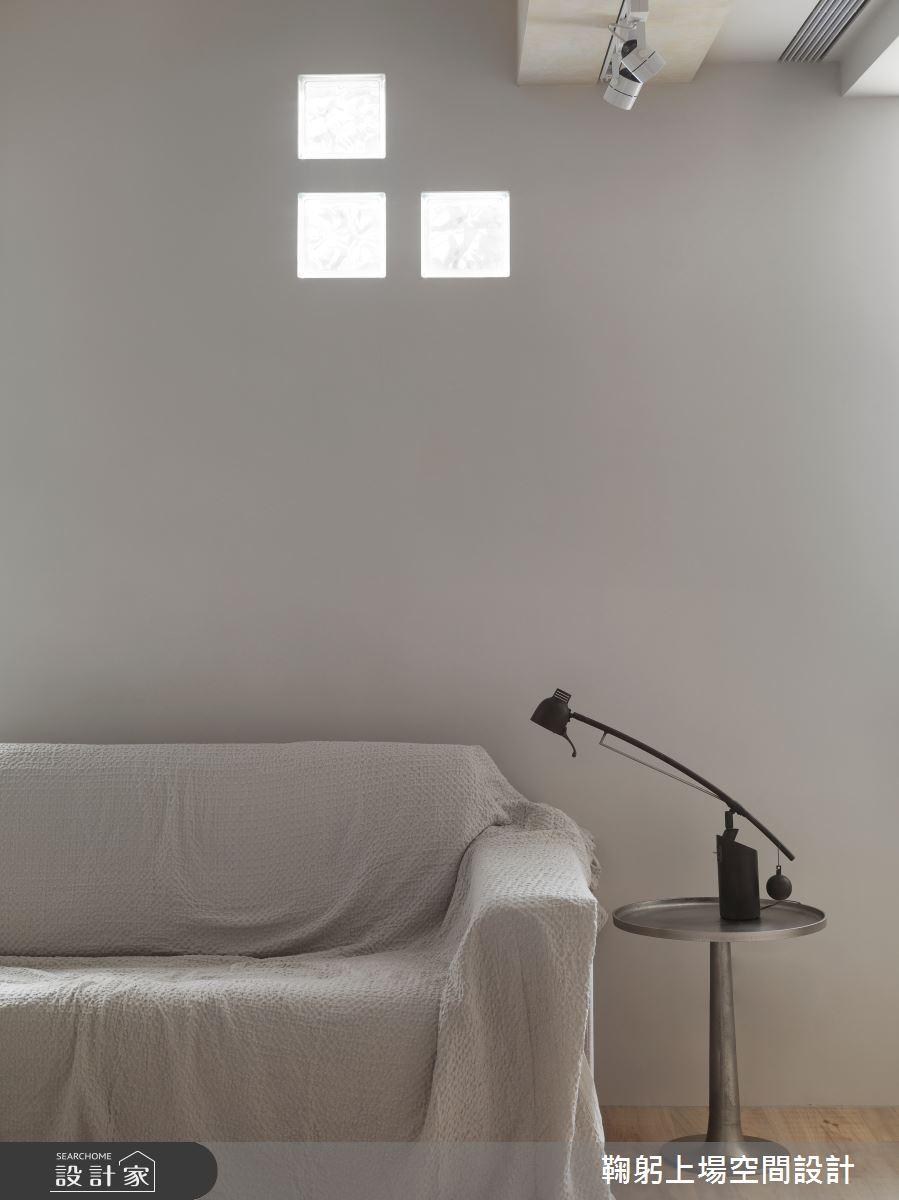 老屋(16~30年)_現代風客廳案例圖片_鞠躬上場空間設計_鞠躬上場_01之2
