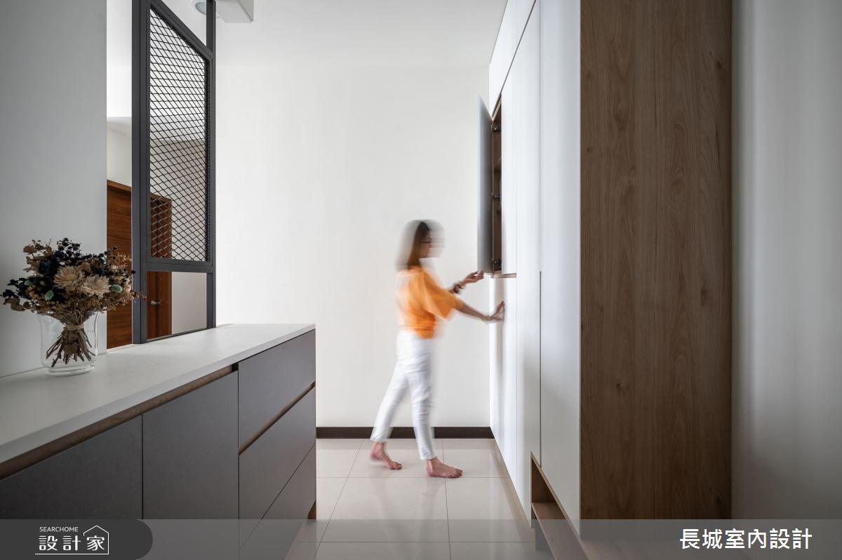 28坪新成屋(5年以下)_現代風玄關案例圖片_長城室內設計_長城_04之2