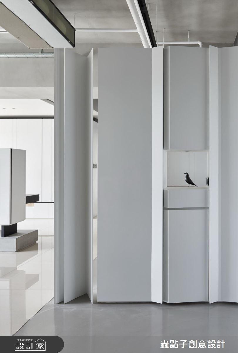 40坪新成屋(5年以下)_簡約風玄關案例圖片_蟲點子創意設計_蟲點子_60之3