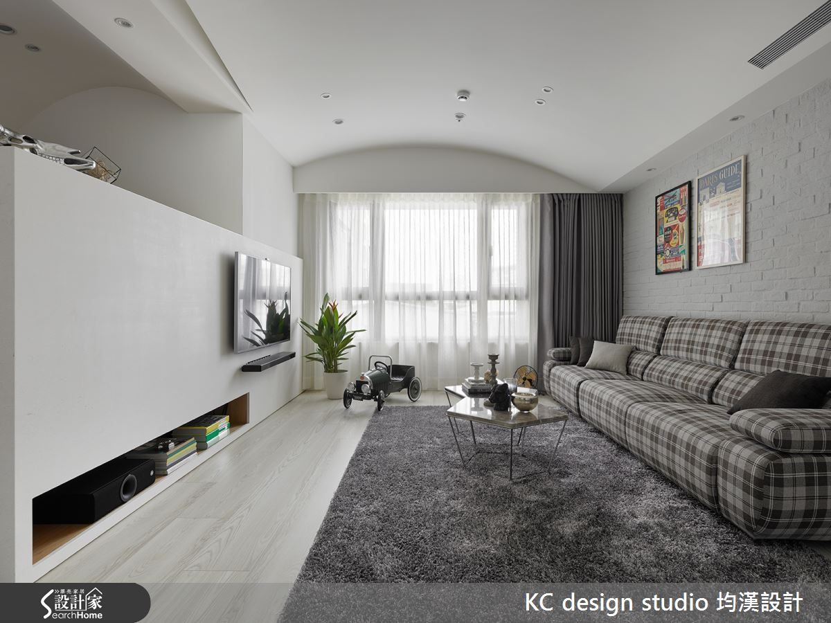 圓弧律動的 27 坪現代宅  讓居家變得不一樣