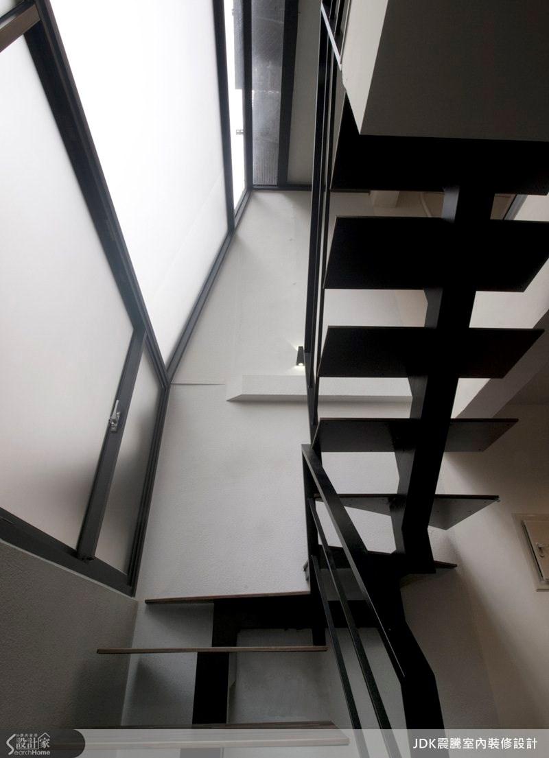 65坪中古屋(5~15年)_現代風樓梯案例圖片_震騰室內裝修設計工程有限公司_震騰_05之13