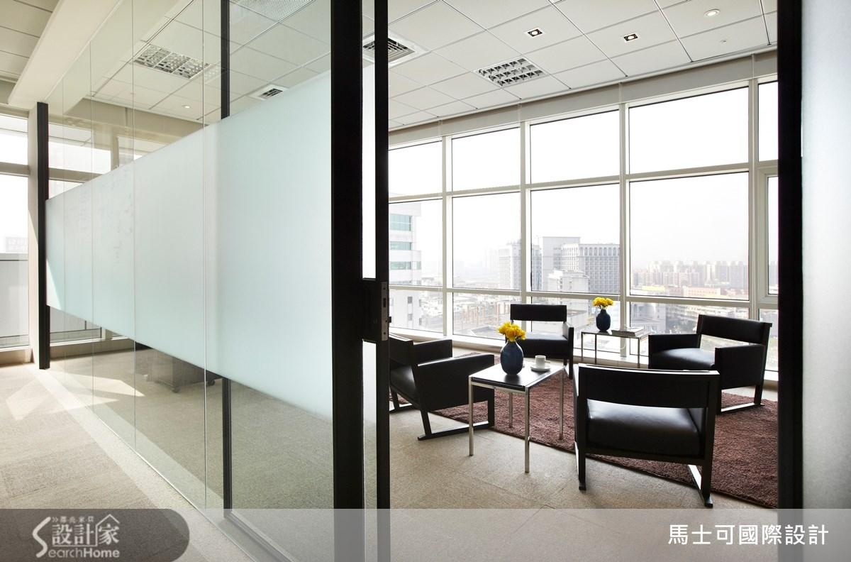 114坪新成屋(5年以下)_現代風案例圖片_馬士可國際設計有限公司_馬士可_03之6