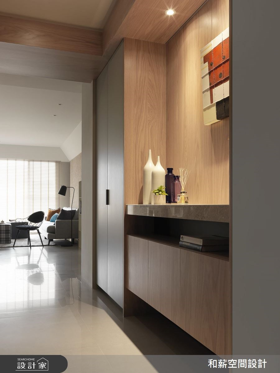 35坪新成屋(5年以下)_現代風玄關案例圖片_和薪室內裝修設計有限公司_和薪_18之1
