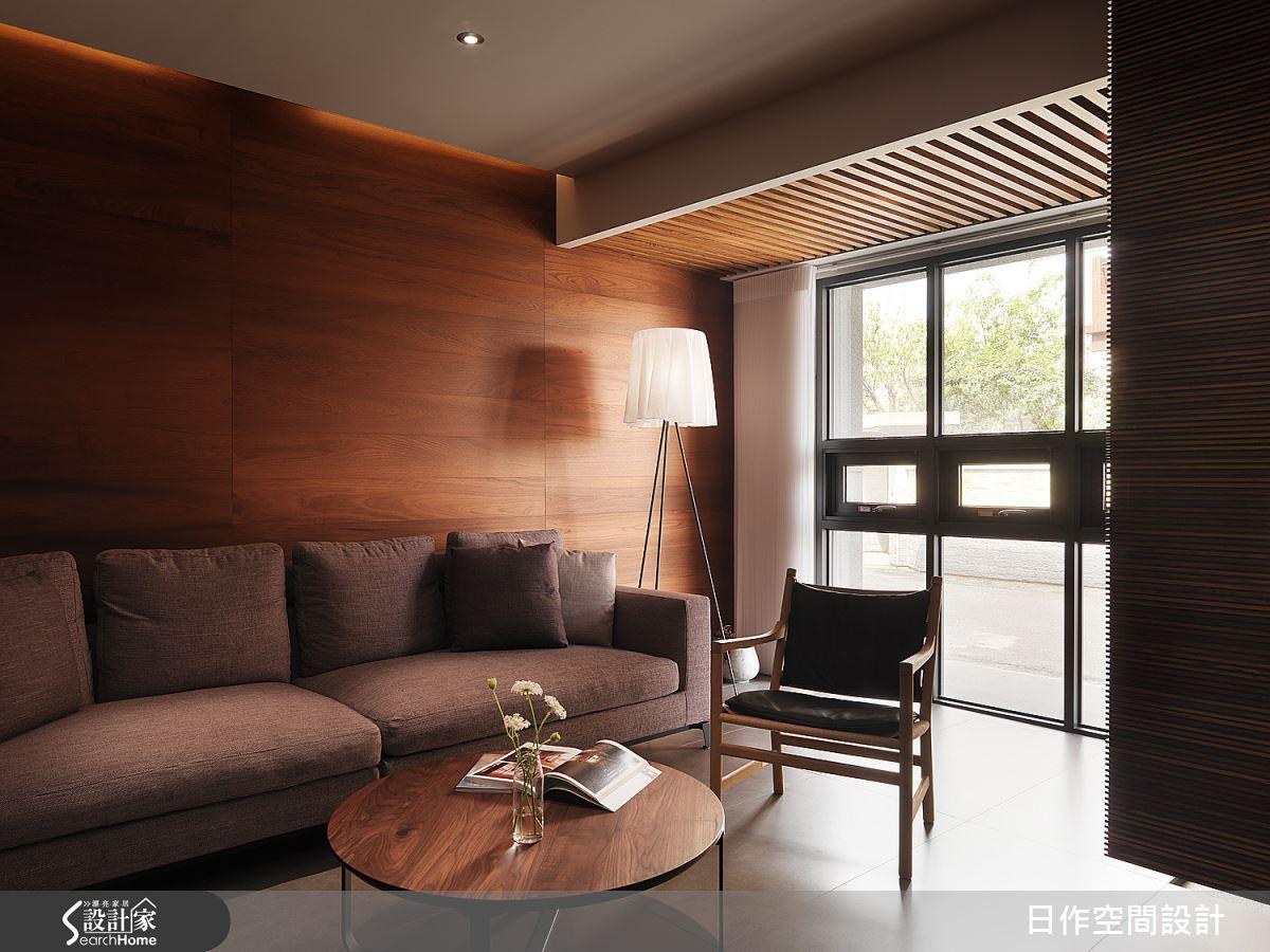 質感與風采兼具的溫雅老屋 讓光悠然於 56 坪木質透天宅