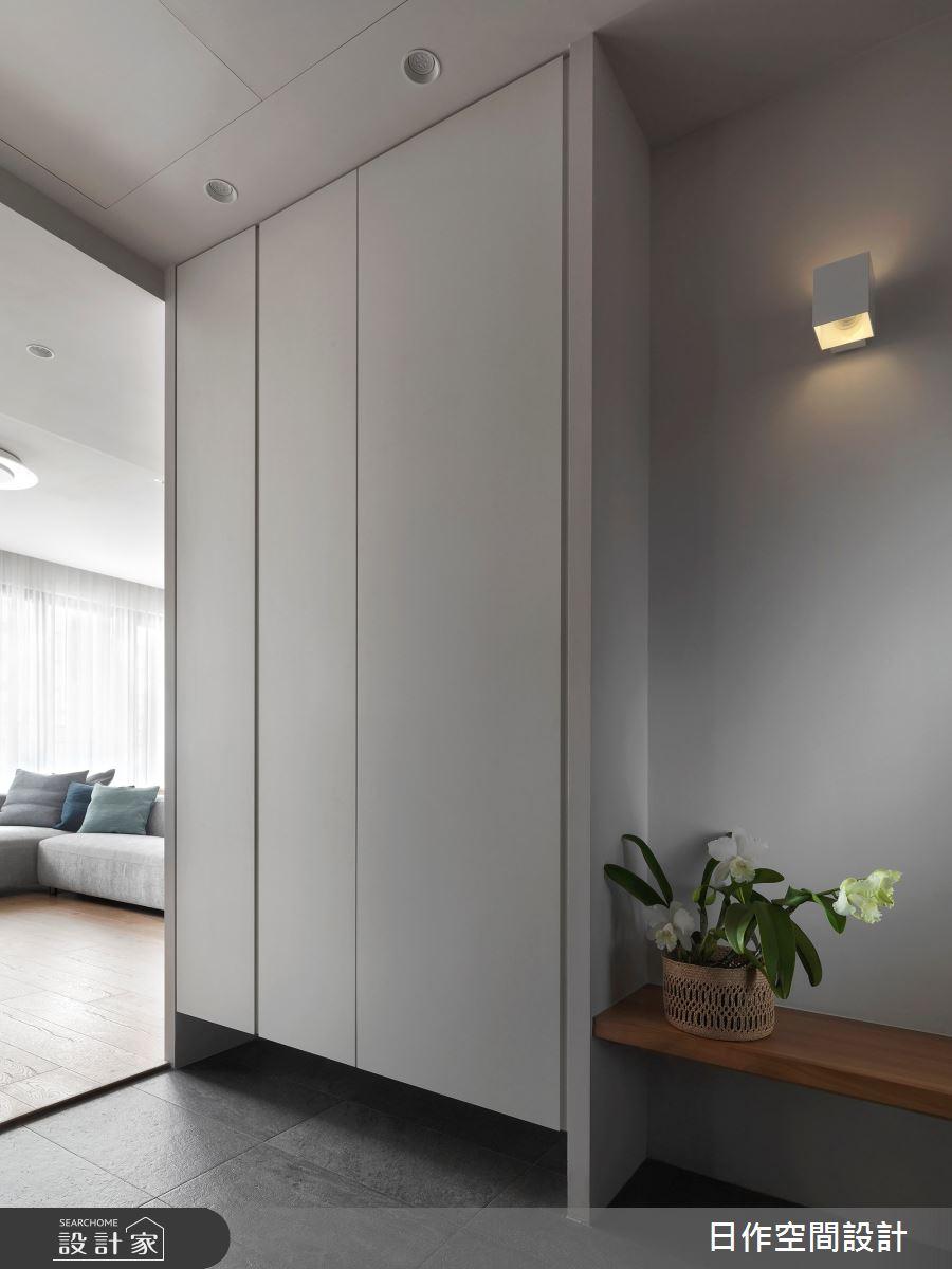 32坪新成屋(5年以下)_日式無印風玄關案例圖片_日作空間設計有限公司_日作_25之4