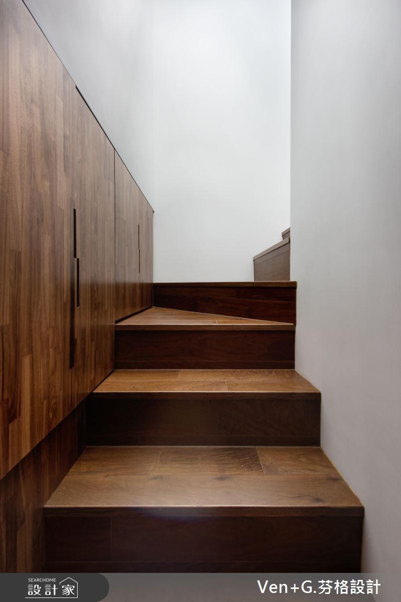 18坪老屋(16~30年)_工業風玄關樓梯案例圖片_芬格空間設計事務所_芬格_12之1