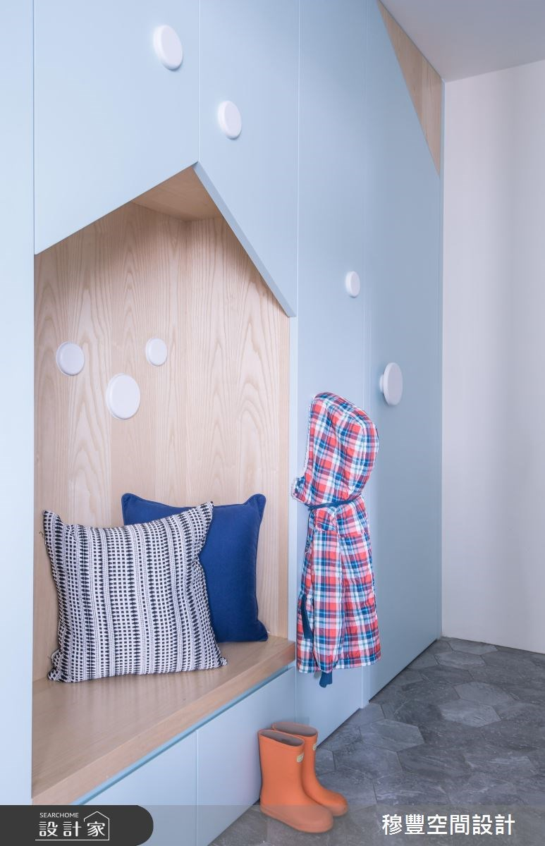 25坪老屋(16~30年)_北歐風玄關案例圖片_穆豐空間設計有限公司_穆豐_蔚藍公寓之3