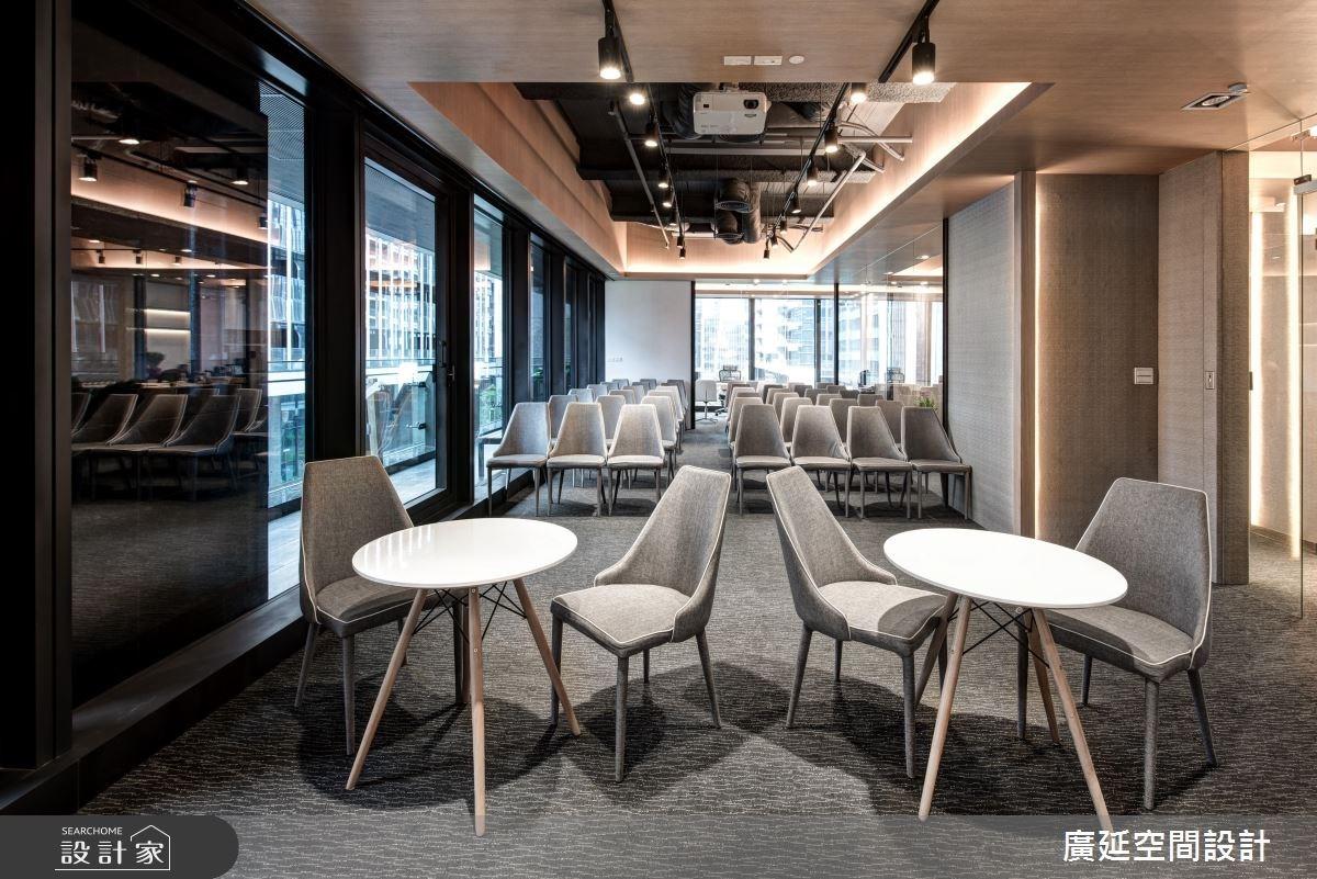 40坪新成屋(5年以下)_現代風商業空間案例圖片_廣延空間設計_廣延_01之10
