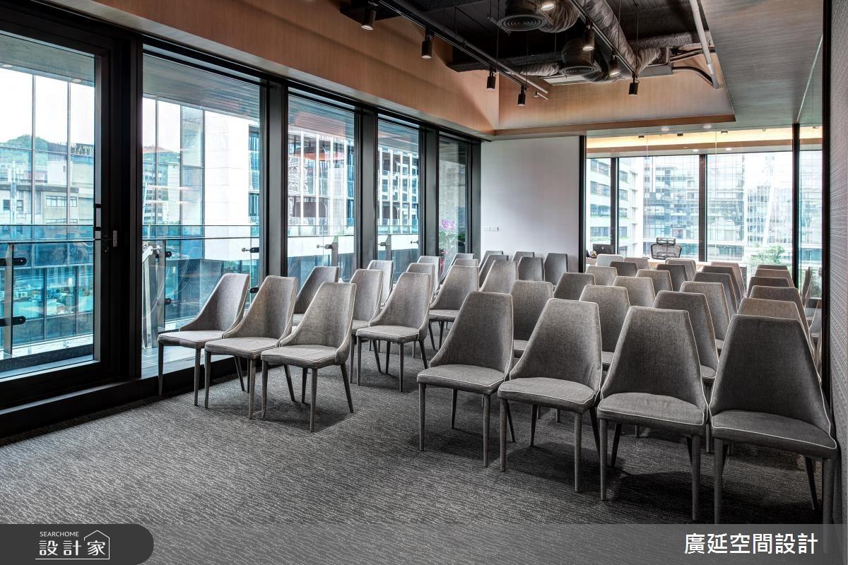 40坪新成屋(5年以下)_現代風商業空間案例圖片_廣延空間設計_廣延_01之12