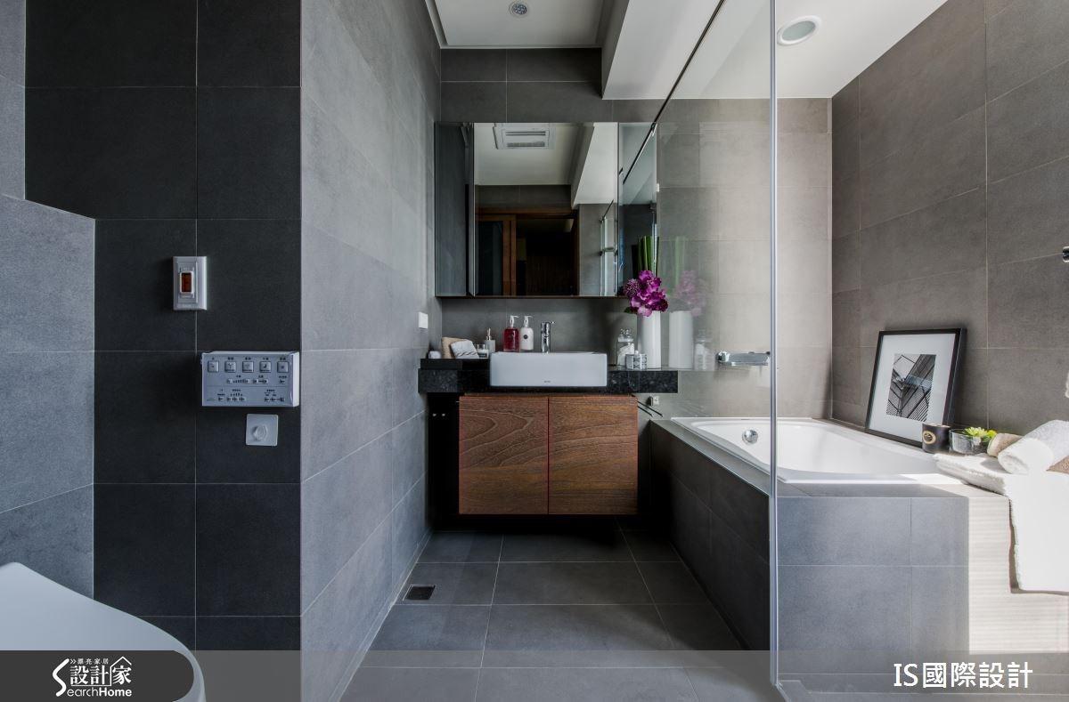 35坪老屋(16~30年)_現代風浴室案例圖片_IS國際設計_IS_109之66