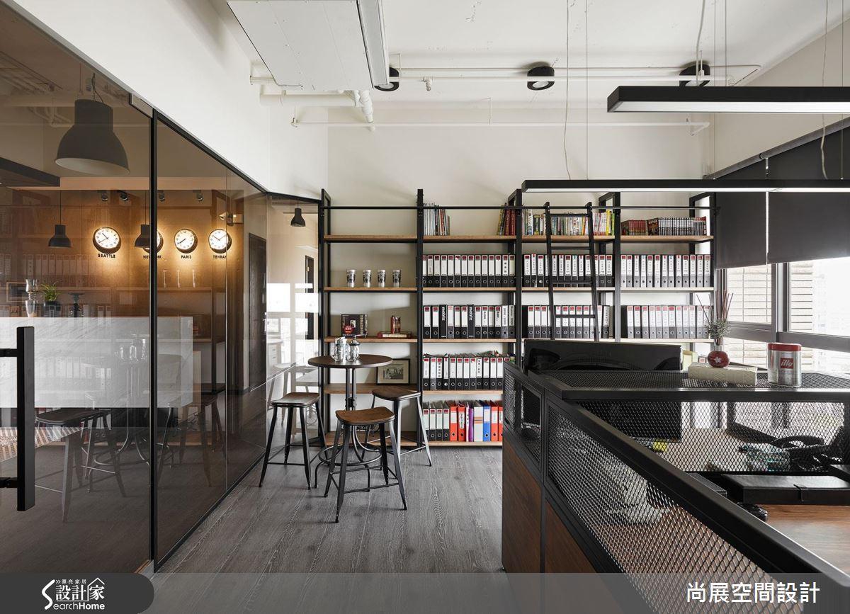 不是居家、不是咖啡店!突破想像的美式工業風辦公室