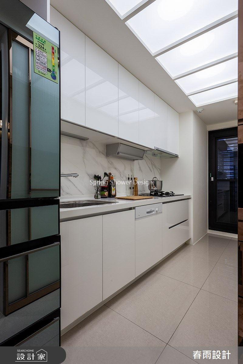 38坪新成屋(5年以下)_飯店風廚房案例圖片_春雨設計_春雨_134之11