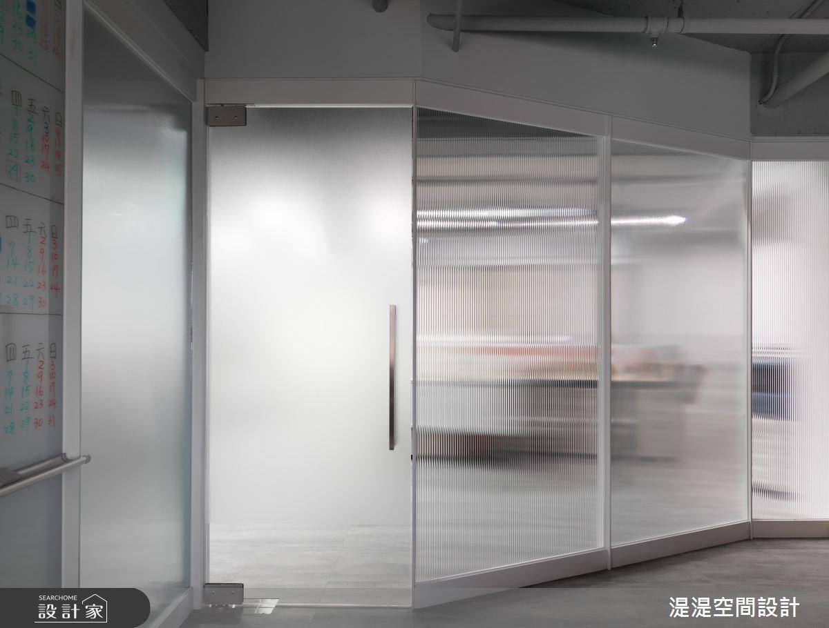 40坪新成屋(5年以下)_現代風商業空間案例圖片_湜湜空間設計_湜湜_01之3