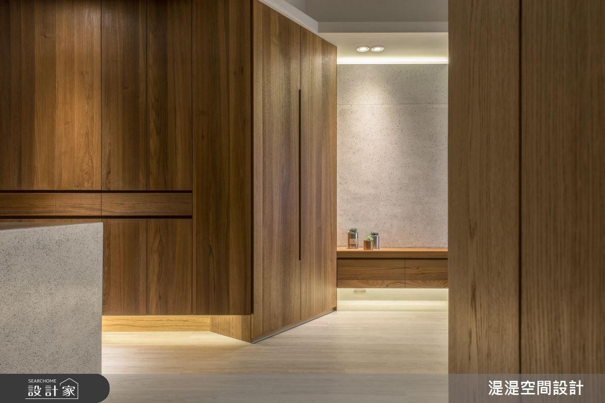25坪新成屋(5年以下)_混搭風玄關案例圖片_湜湜空間設計_湜湜_07之3