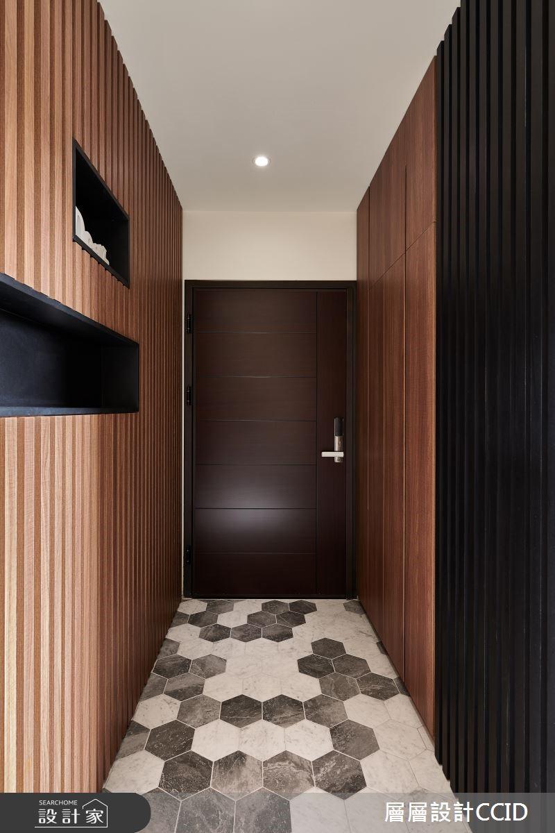 45坪新成屋(5年以下)_休閒風玄關案例圖片_層層室內裝修設計有限公司_層層_09之1