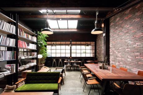 張惠妹的咖啡店A8 Café!蒐羅各地家具濃厚紐約Loft風格