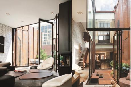 紐約時尚LOFT宅 垂直錯層挑高宛如大型玻璃盒子