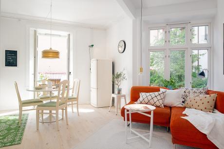 瑞典小公寓的色彩繽紛