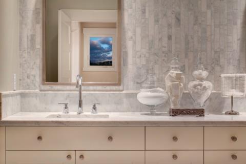 30 款小而實用的浴室設計