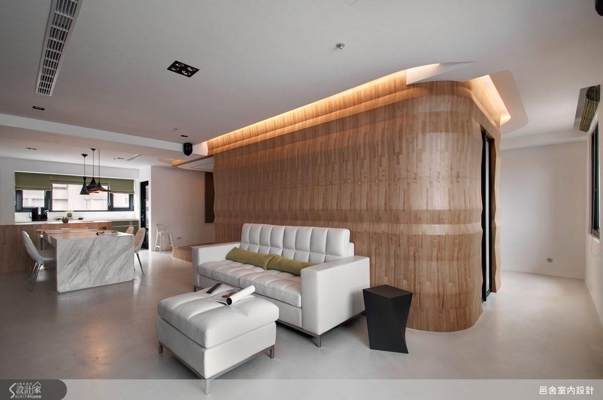 搶眼40坪活力宅,用色彩與材質交織出現代風潮居