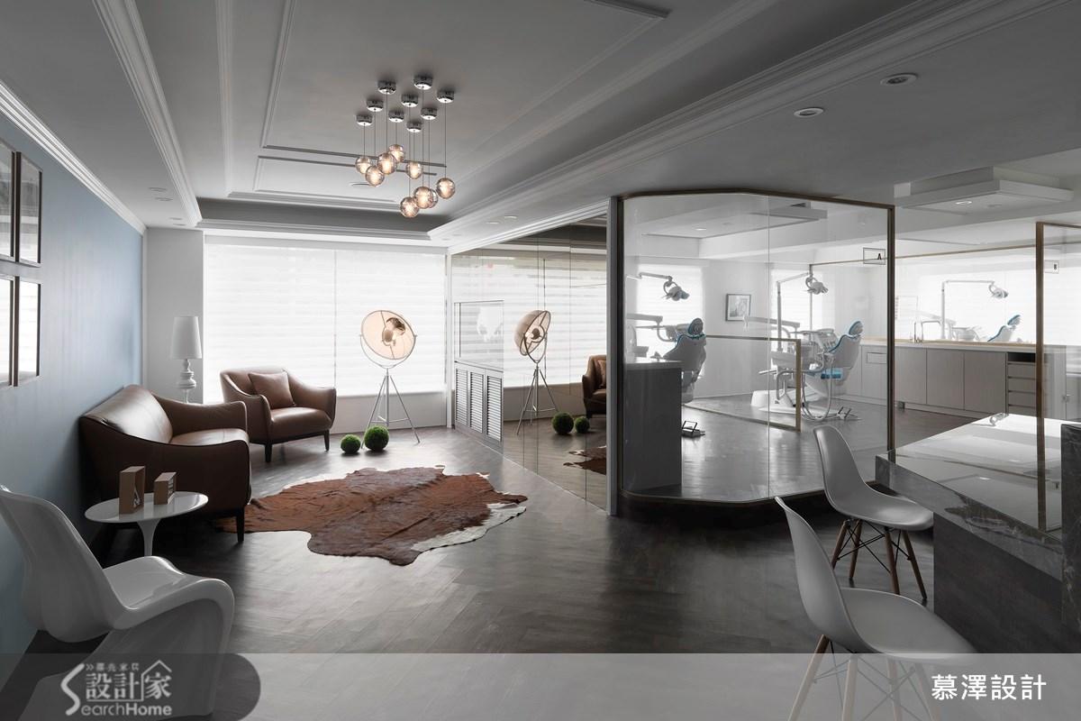 光線空氣自然流通 老屋裝修變新古典牙醫診所
