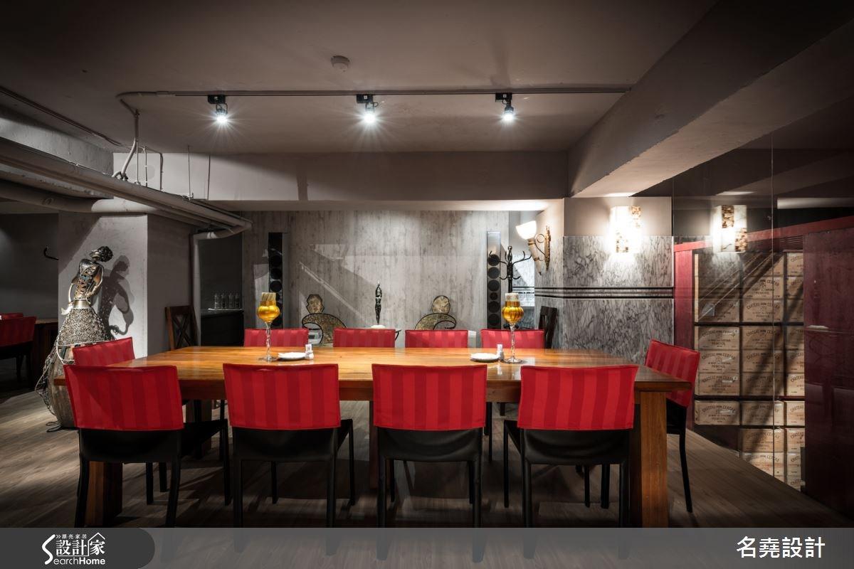 酒饕的夢幻聖殿  充滿藝術品味的 56 坪現代風餐廳
