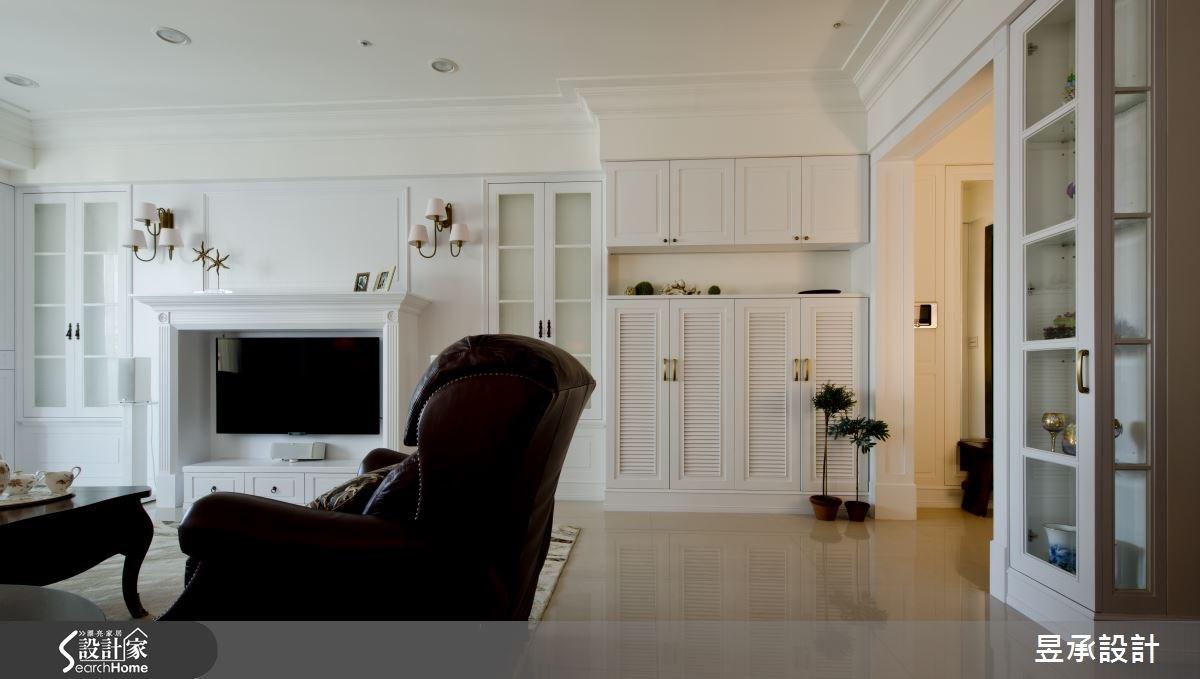 白得有深度! 80 坪兼具美感與實用的美式古典大宅