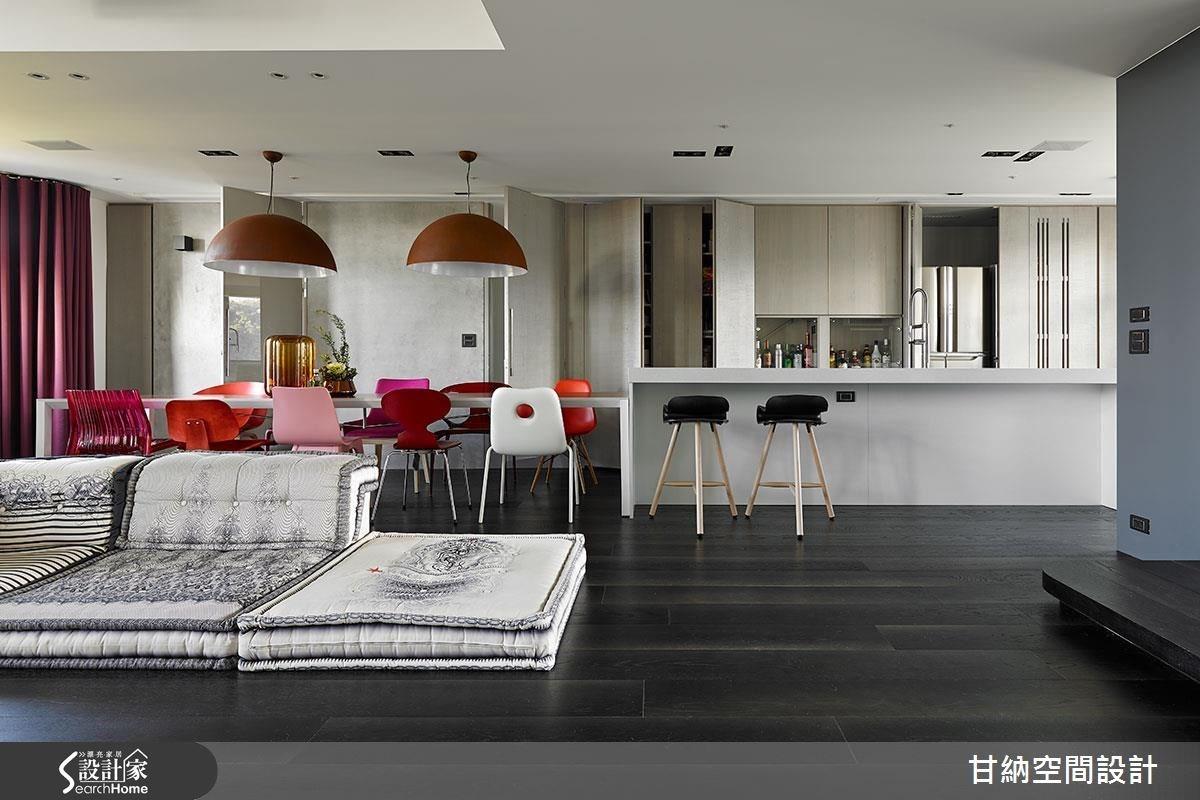 在淨白中感受繽紛色彩 老屋變身 Loft 感設計居宅
