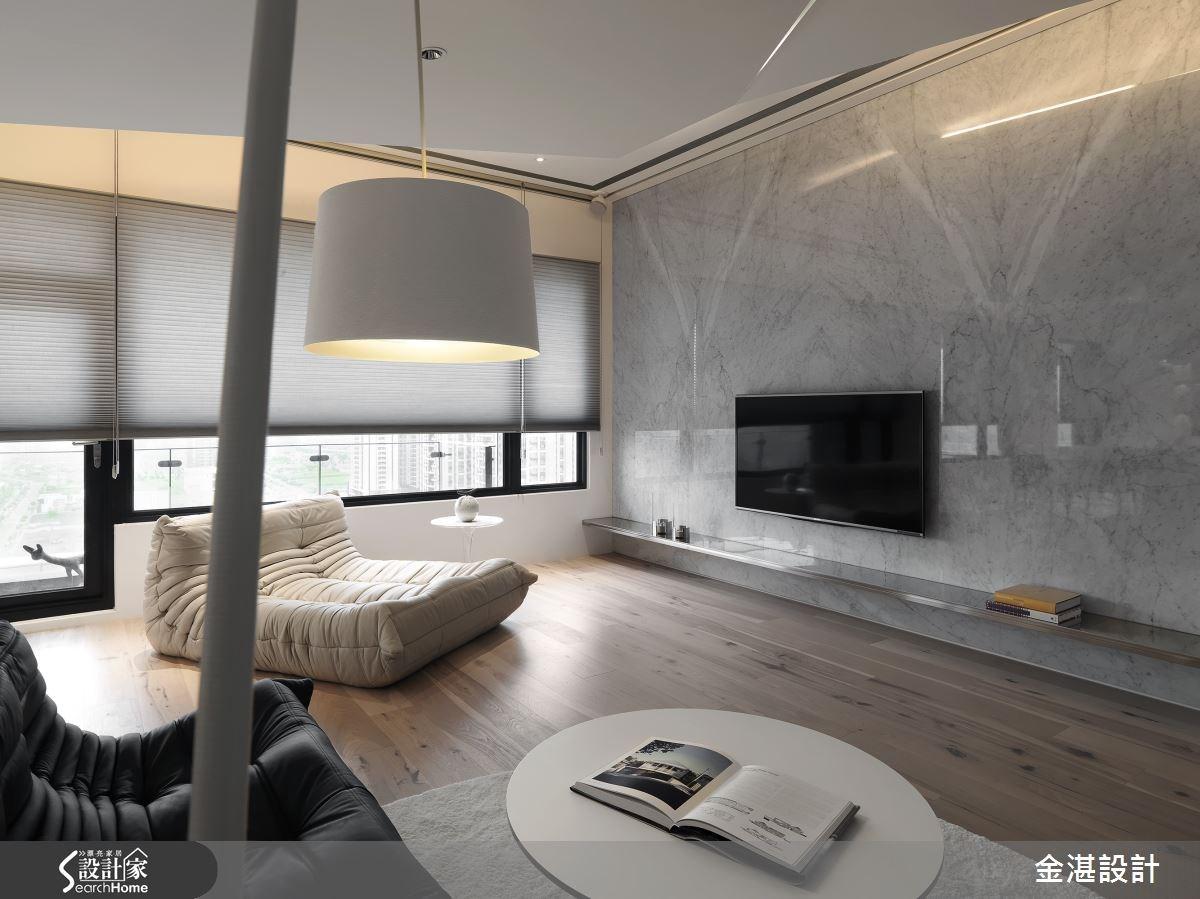 折出家的趣味線條  點亮白色居宅的滿室新潮