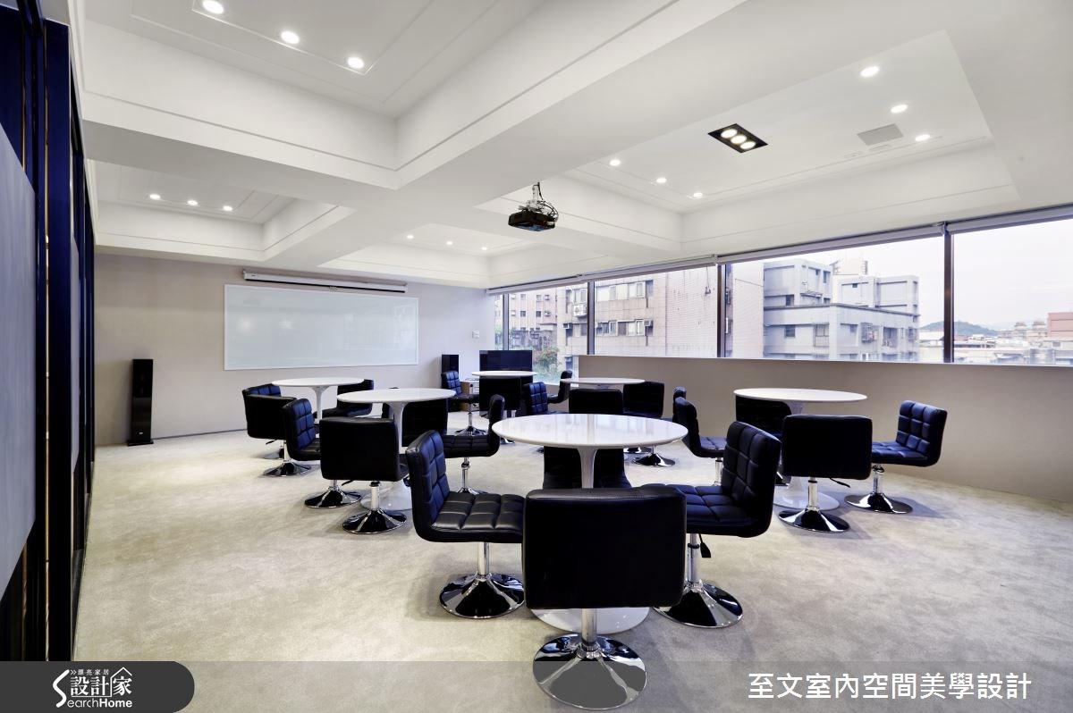 迎入清透明亮氛圍 讓心情煥然一新的辦公室!