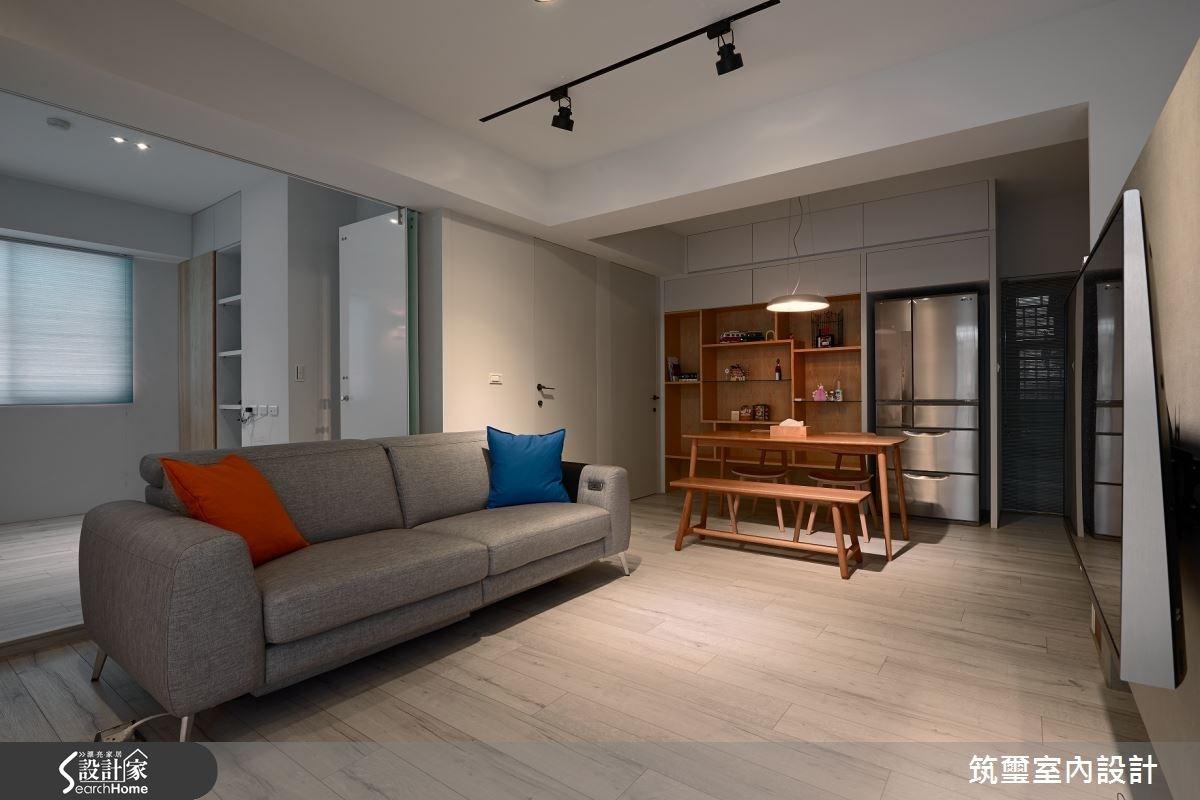 3 房變 2 房!完美貼合小夫妻想望的 18 坪亮白新婚宅!