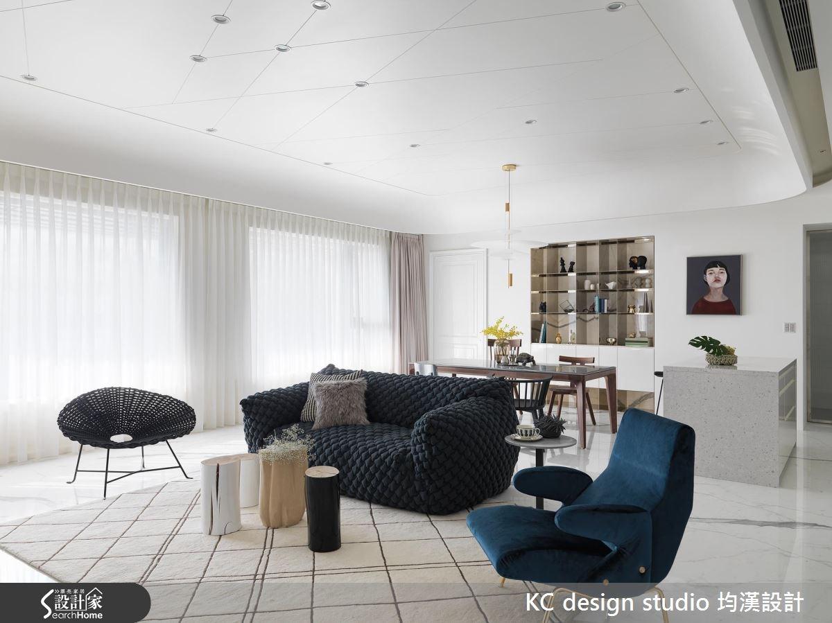 當白成為一種藝術!55 坪現代宅的純淨好視野