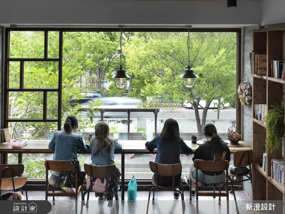 看展覽、參加學術沙龍! 40 年老建築化身複合式藝術咖啡館
