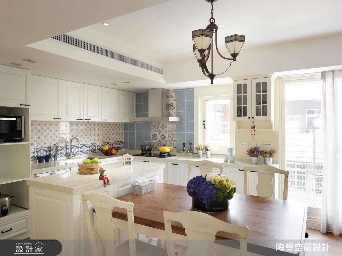 在水藍色鄉村廚房烹調完美生活! 26 坪中古屋變身粉嫩系清甜宅